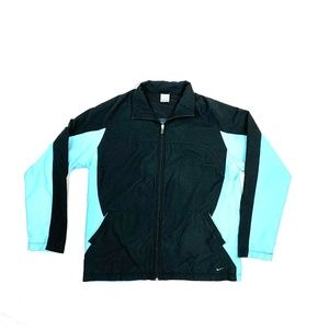 Women's Nike Windbreaker ZipUp Jacket